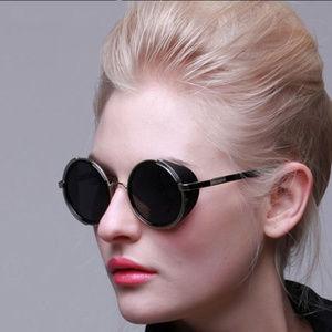 Classic Black Women Round Sunglasses